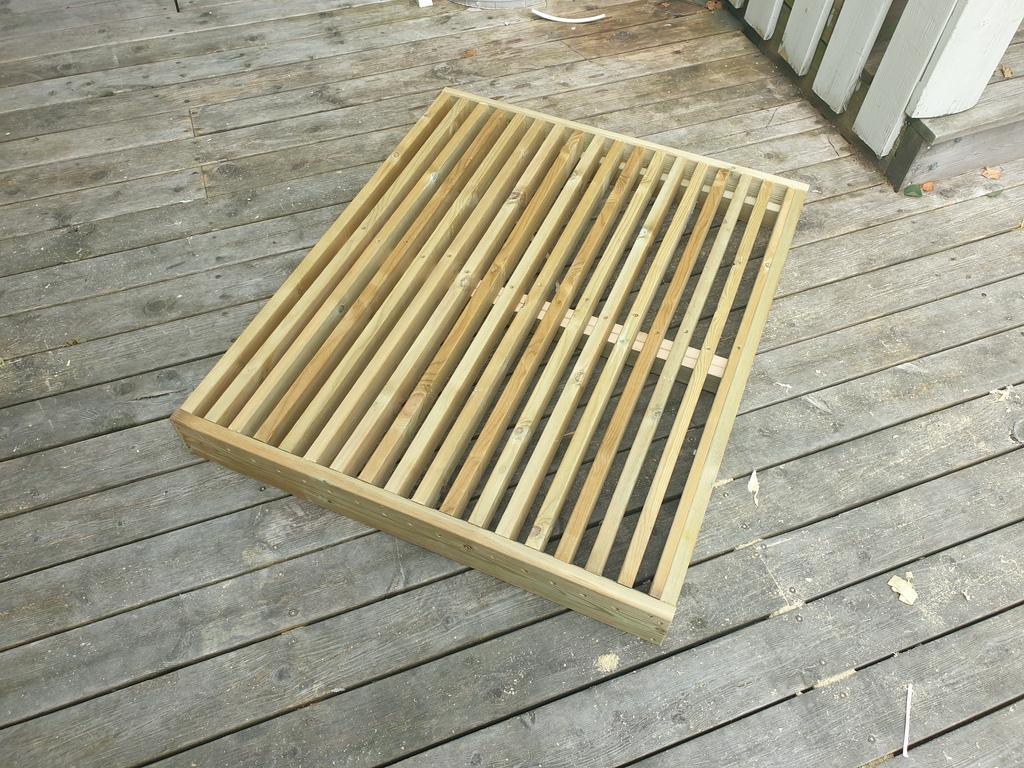 [Image: Wooden-landing-for-front-door11-1024x768.jpg]