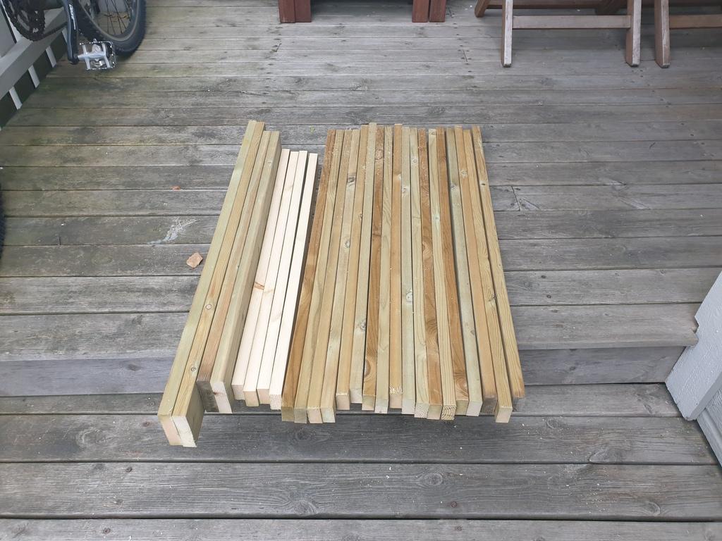 [Image: Wooden-landing-for-front-door4-1024x768.jpg]